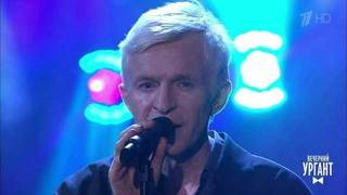 Jay-Jay Johanson — «So Tell The Girls That I Am Back In Town». Вечерний Ургант. Фрагмент выпуска от 15.05.2019